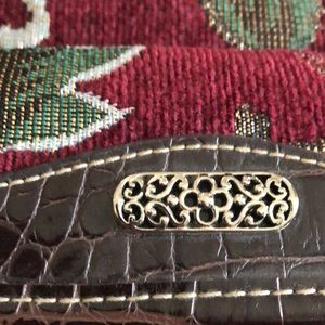 Bags - NWOT Brocade Vintage Look Small Pocketbook